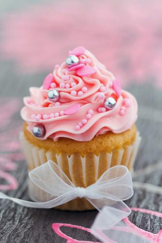 Lovely-Cupcake-cupcakes-31768150-334-500