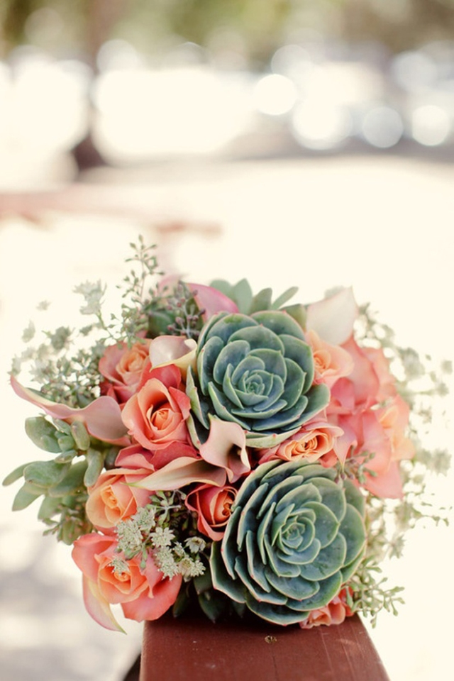 wedding_bouquet-succulents-peach-roses-26